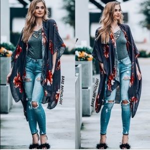 🌸BOHO Floral Kimono Wrap